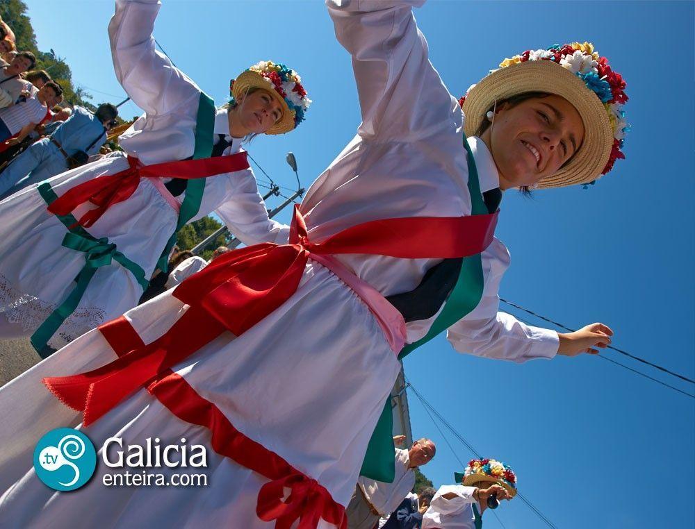 Danza procesional de O Cristal - Celanova