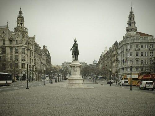 La Plaza de la Libertad Oporto