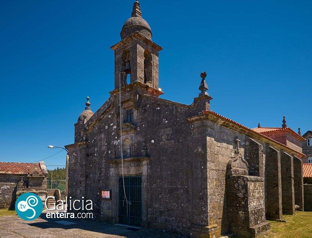 Iglesia de San Salvador de Maceira-Covelo