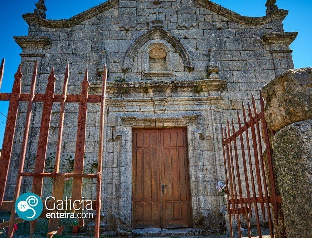 Iglesia de San Miguel de Carracedo - A Veiga