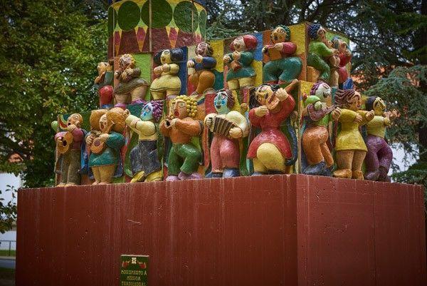 Monumento a la música tradicional - Ferrol