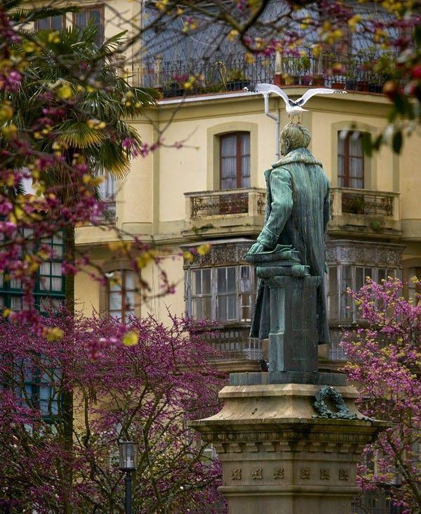 Estatua de Amboaxe - Ferrol