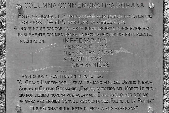 Miliario de Tito y Domiciano