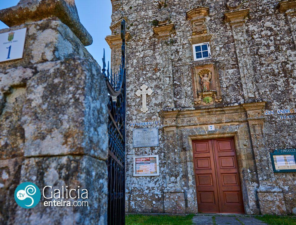 Igrexa de Santo André de Trobe, Vedra