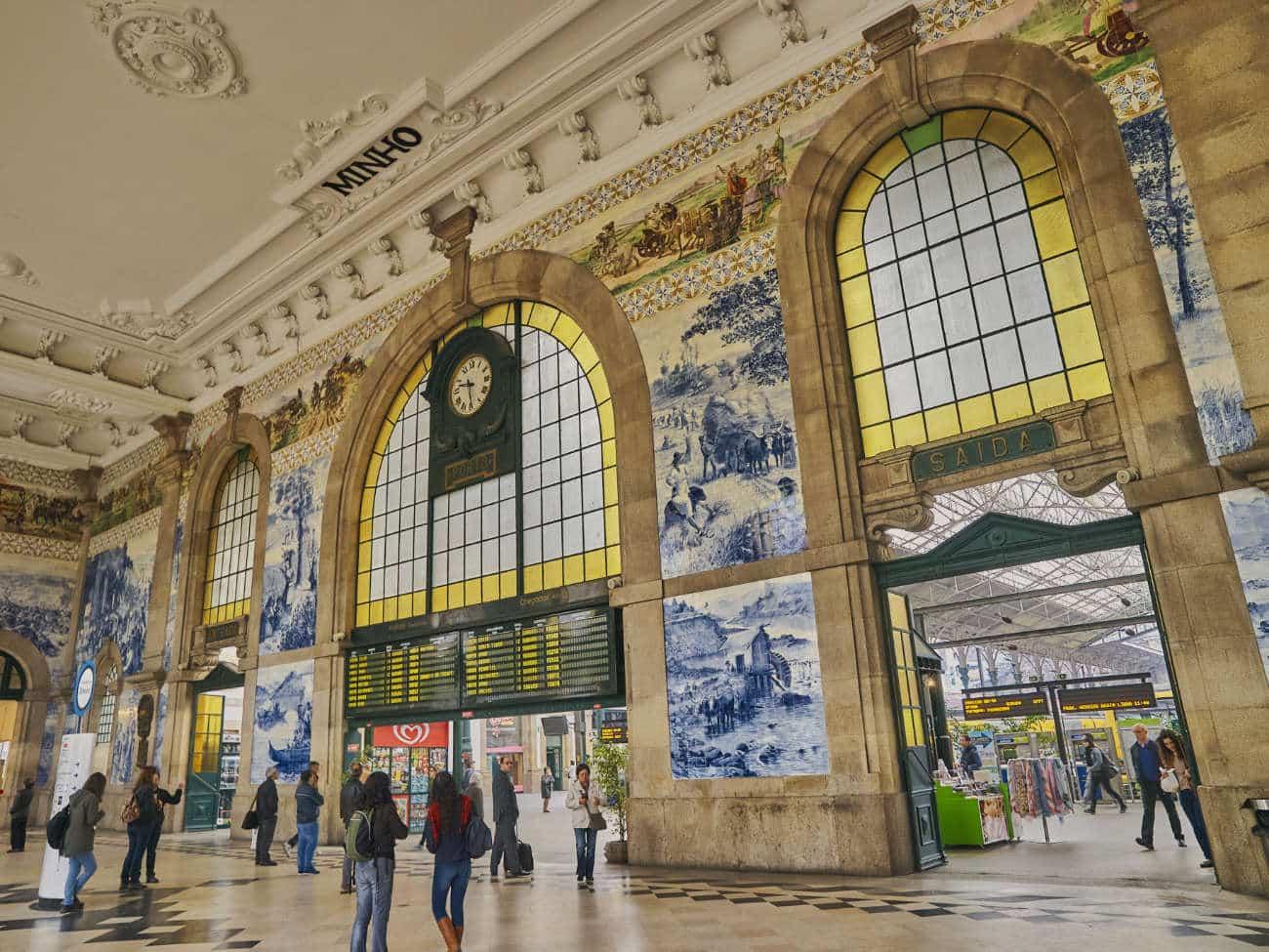 Estación de Trenes de San Bento Oporto
