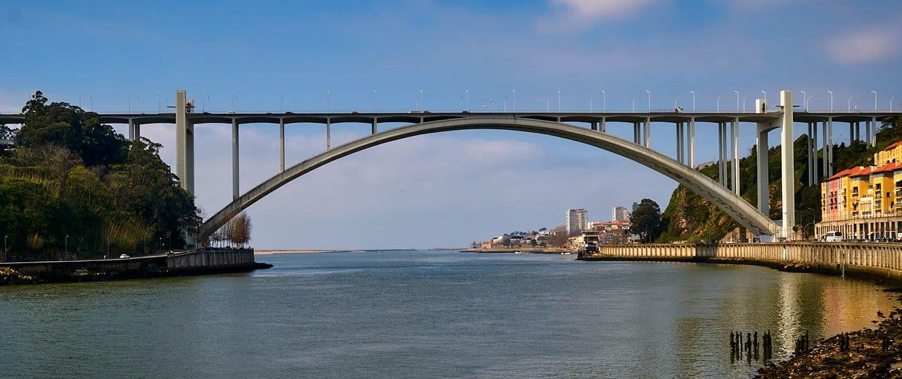 Ponte d'Arrábida - Oporto