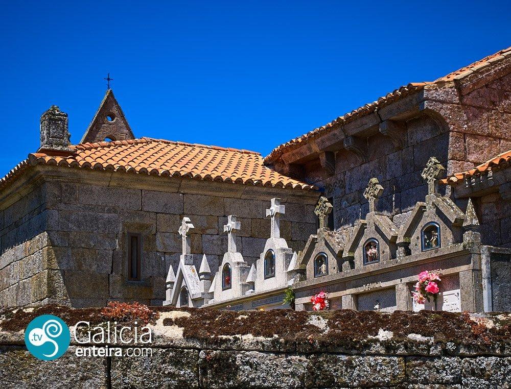 Iglesia de Santiago de Rubiás - Calvos de Randín