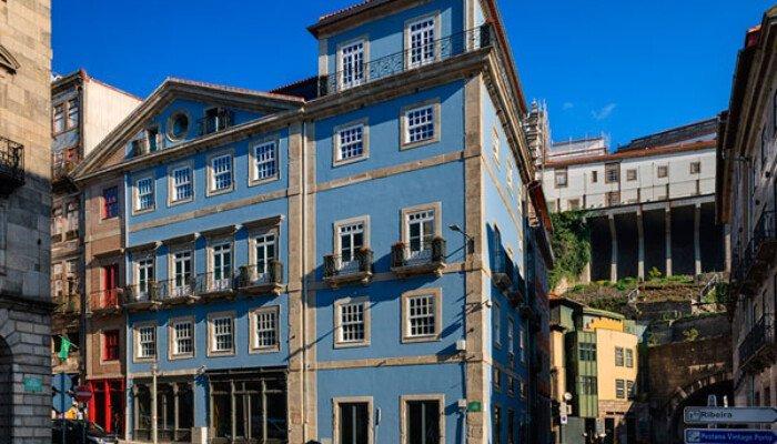 Apartamentos The Arc Carrís