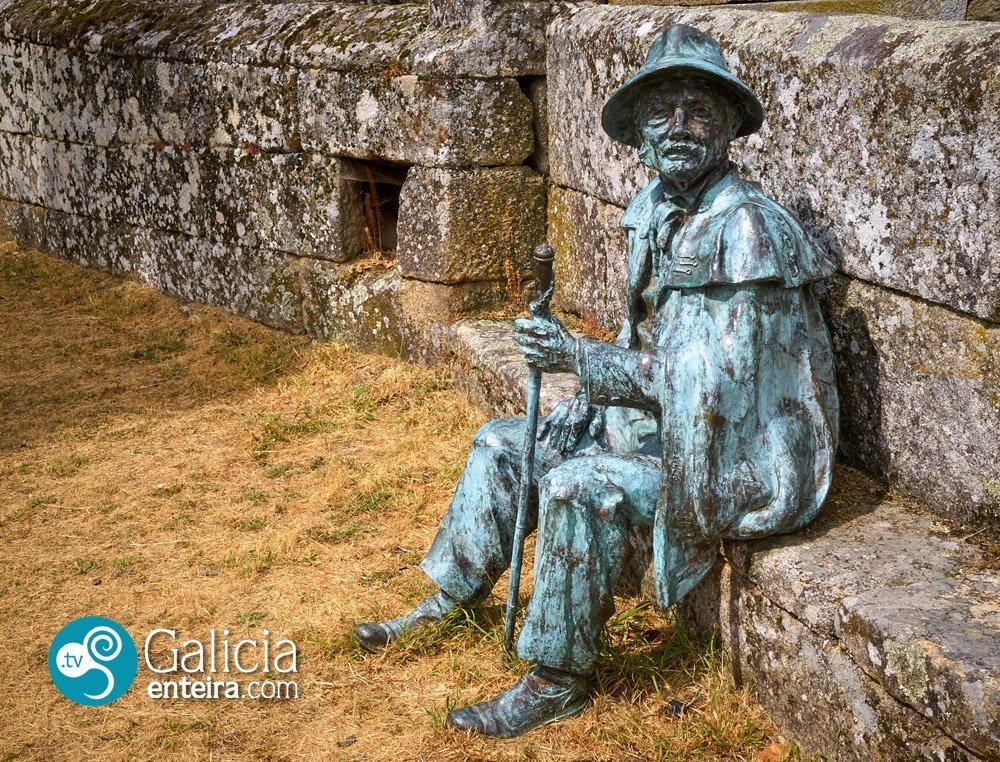 Escultura do Xuíz do Couto Mixto - Calvos de Randín