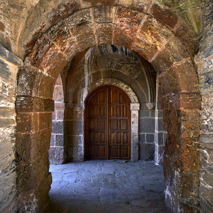 iglesia monacal de Correxais