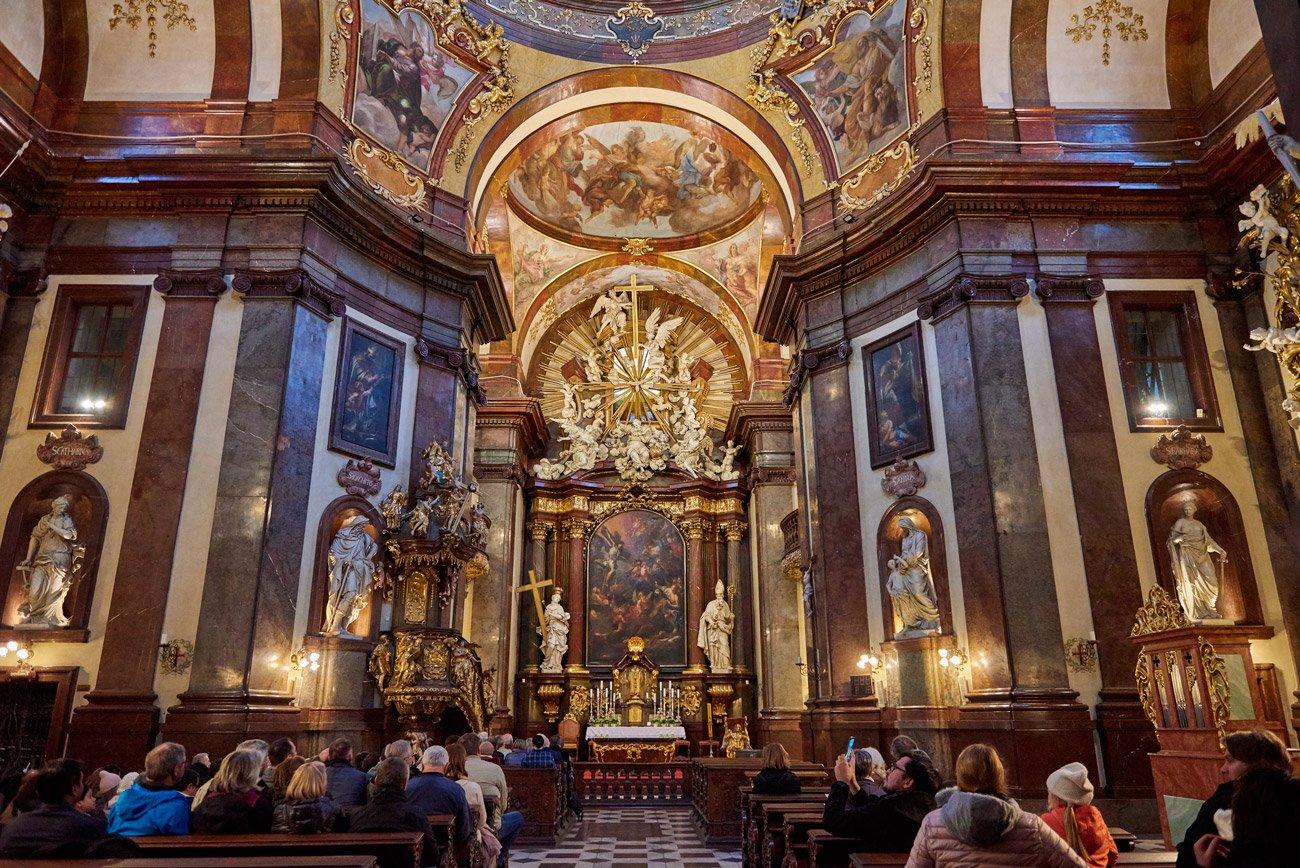 Iglesia de San Francisco de Asís - Praga