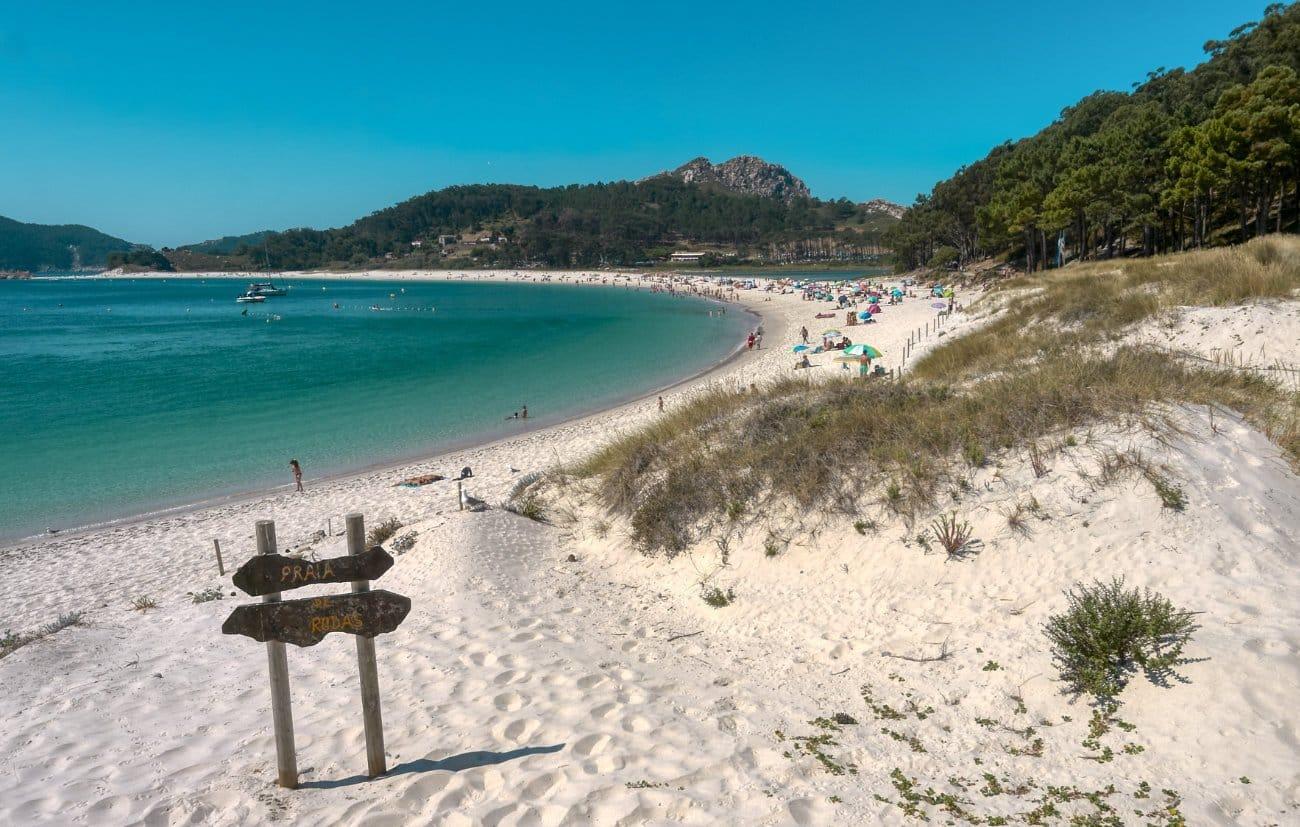 Qué ver en Vigo: Playa de Rodas – Cies