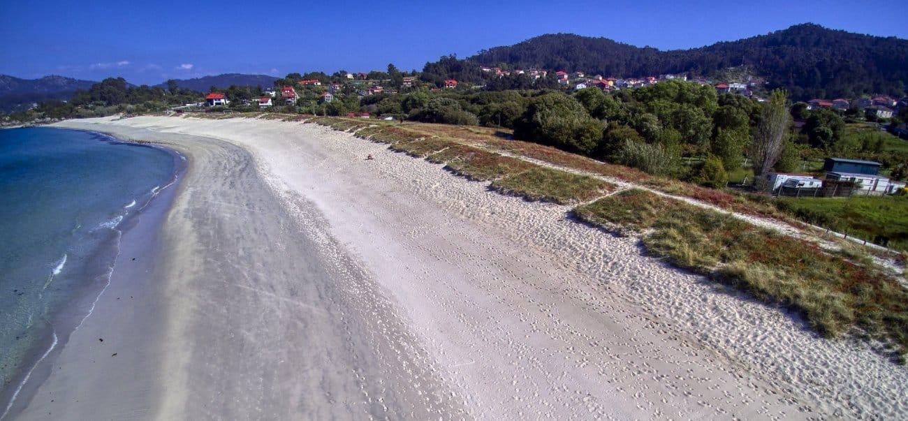 Playas Rías Baixas: Areabrava – Cangas