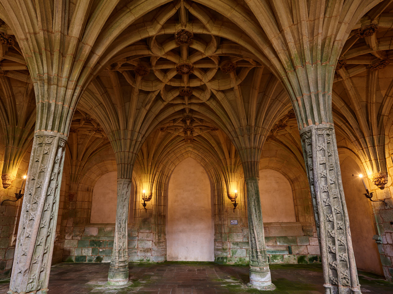 Razones para volver al monasterio de Oseira
