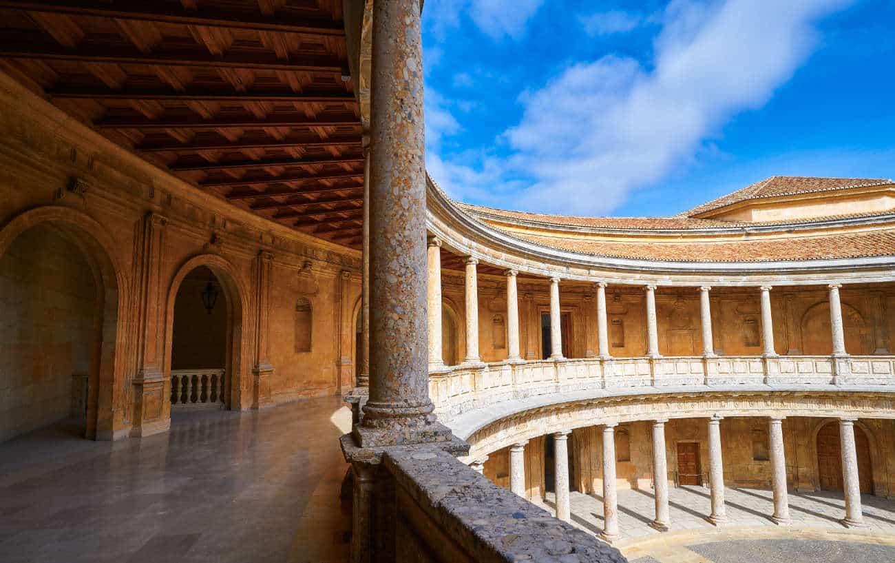 Palacio de Carlos V: Museo de Bellas Artes Granada