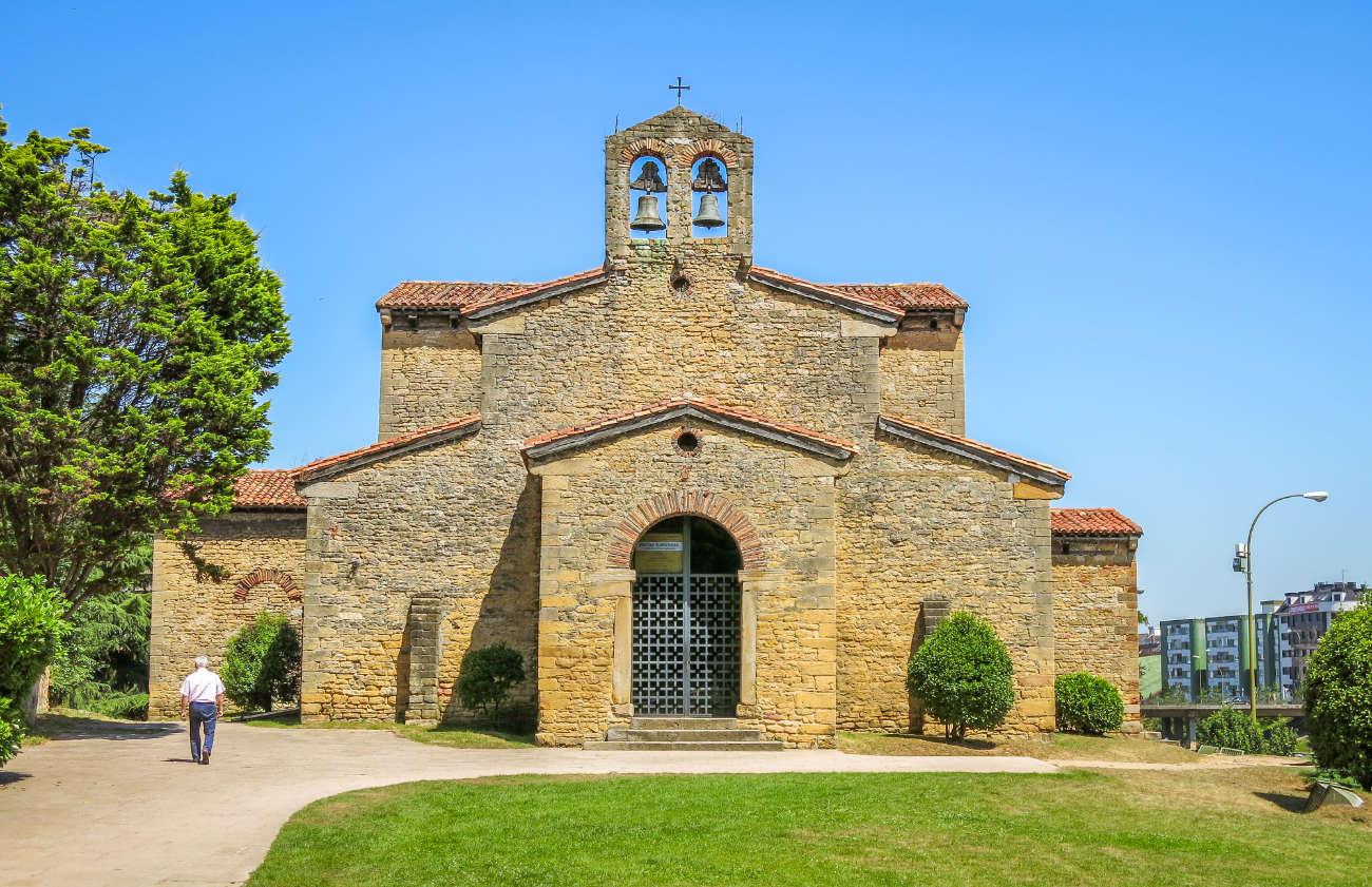 Iglesia de San Julián de los Prados Oviedo