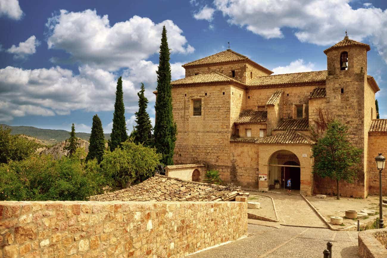 Iglesia parroquial San Miguel Arcángel Alquezar Huesca