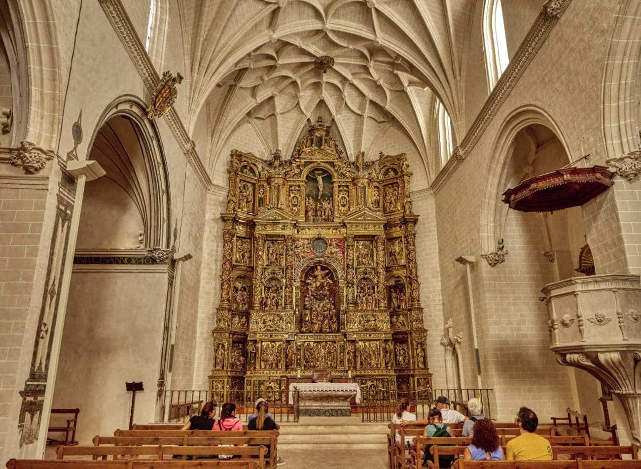 La colegiata de Santa María la Mayor Alquezar Huesca